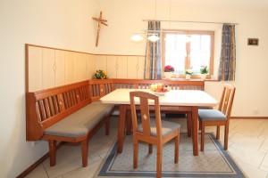 Esstisch mit Eckbank, Tisch und Stühle Schreinerei Nagl